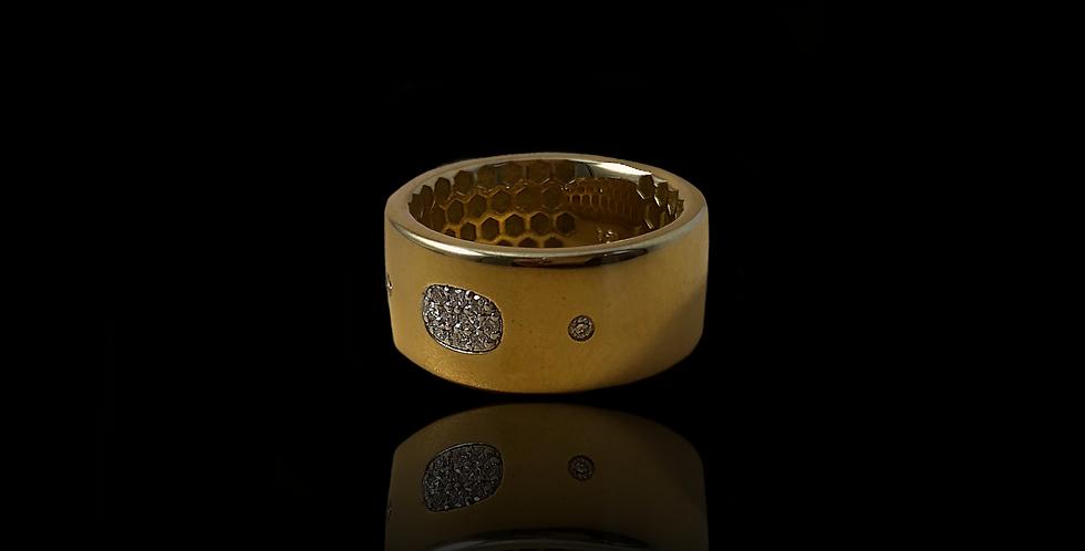 Glow Ring - Yellow Gold