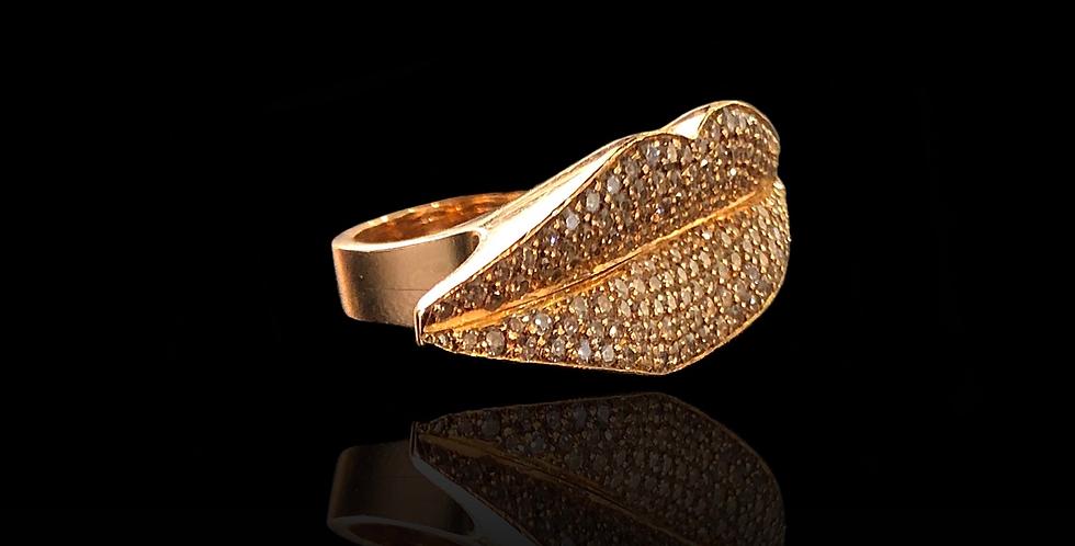 Kiss Diamond Ring