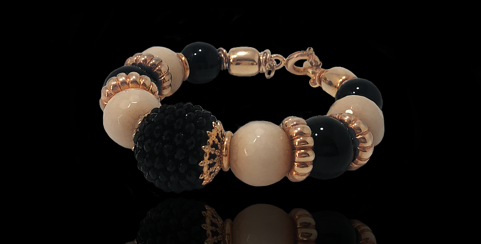 Handmade Bracelet by VANTO