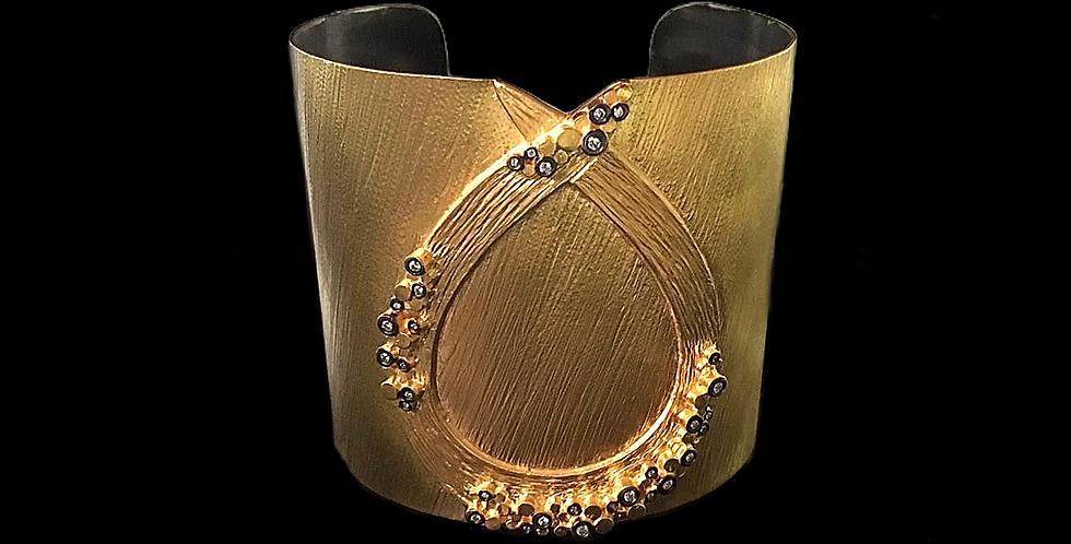 Bangle bracelet 6C30