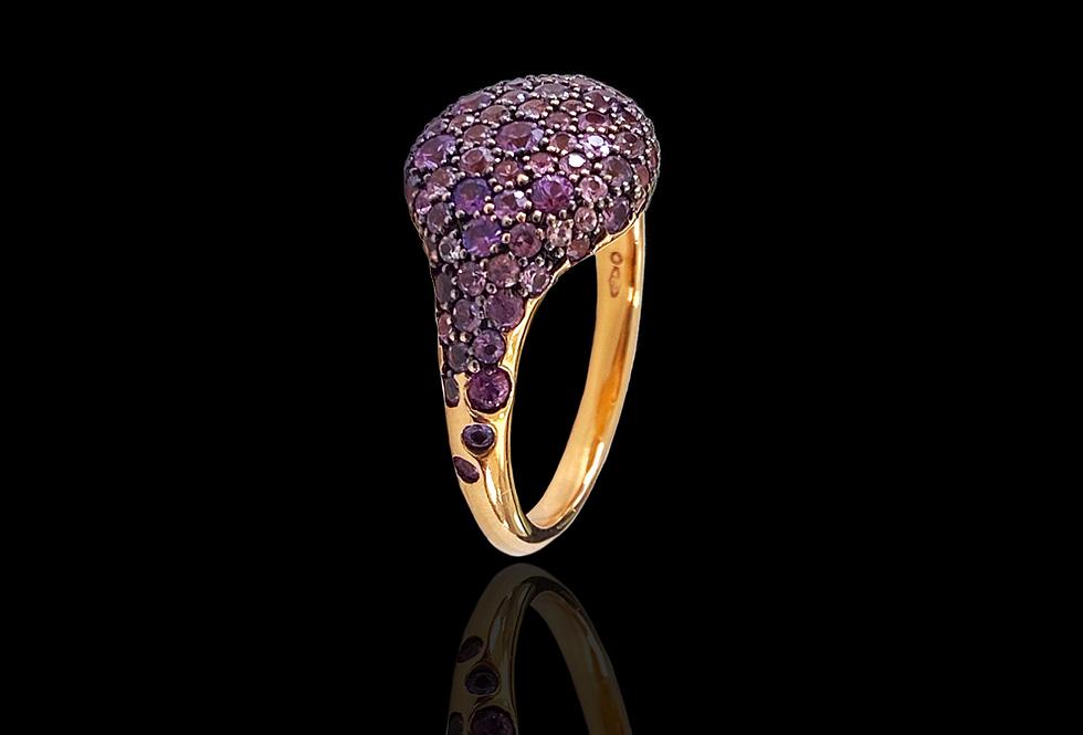 Round Chevalier Ring - Violet Sapphire