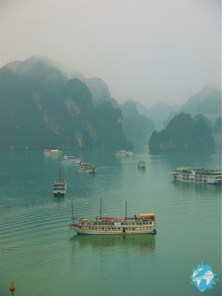 How to Choose Which Halong Bay Cruise Is Right For You!