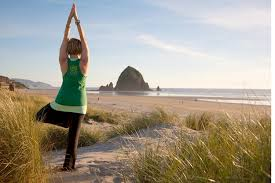 cannon beach tree pose2