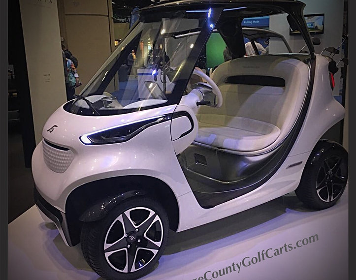 Mercedes-Benz Style golf car