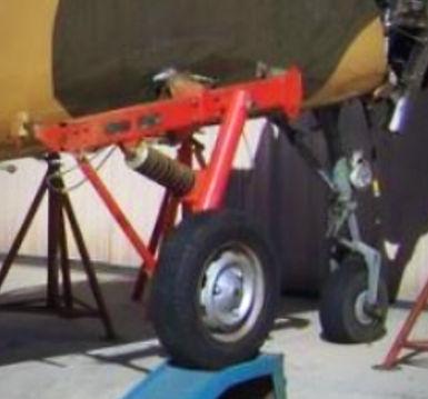 YAK 52 transport landing gear