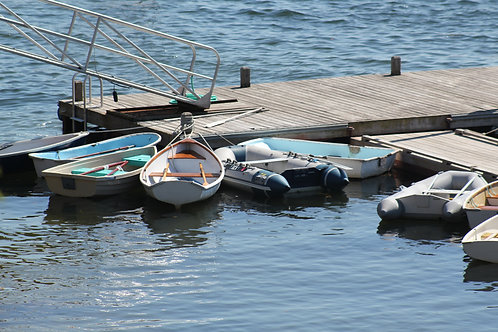 Dinghy's at Rest (di4)