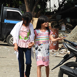 Indonesia - Distribution in the slumi