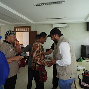 Indonesia - Food distribution to poor blind people