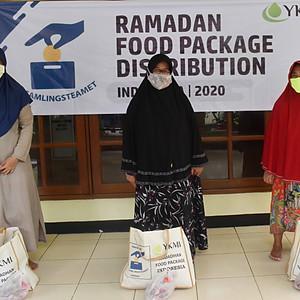 Utdeling av ramadanpakker dag2