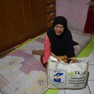 Utdeling av ramadanpakker dag3
