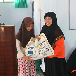 Indonesia - More foodpacks distributed
