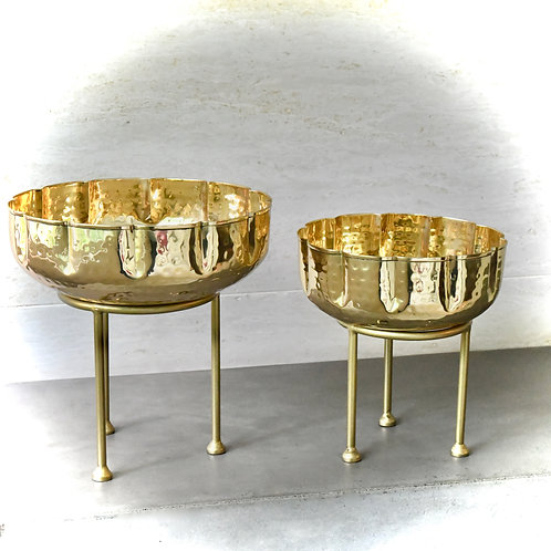 Brass Urli Bowl with Stand (Small)