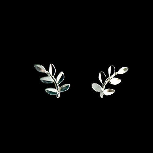 14K White Gold Leaves Design