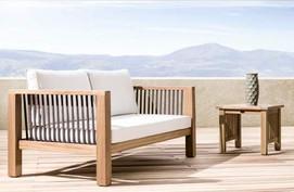 Outdoor patio dual seater made of iroko