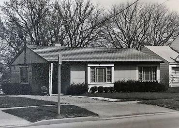 Lustron-Homes-(1).jpg