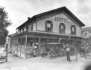 Williams-Hotel.jpg