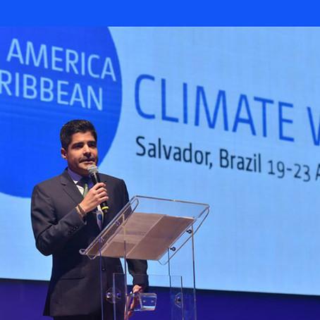 Brasil cerró la semana del clima con su imagen dañada por el fuego en el Amazonas