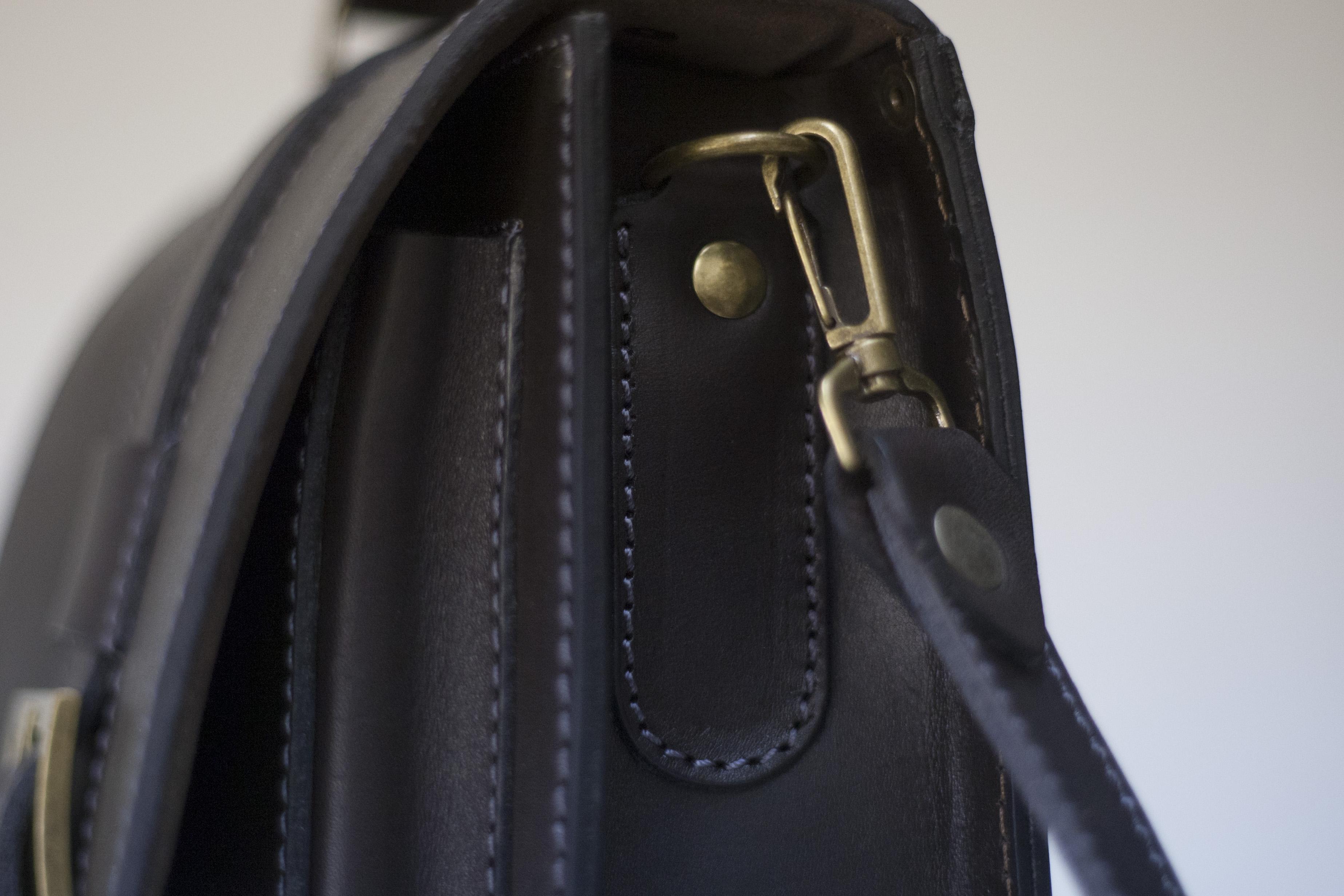 купить мужскую кожаную сумку