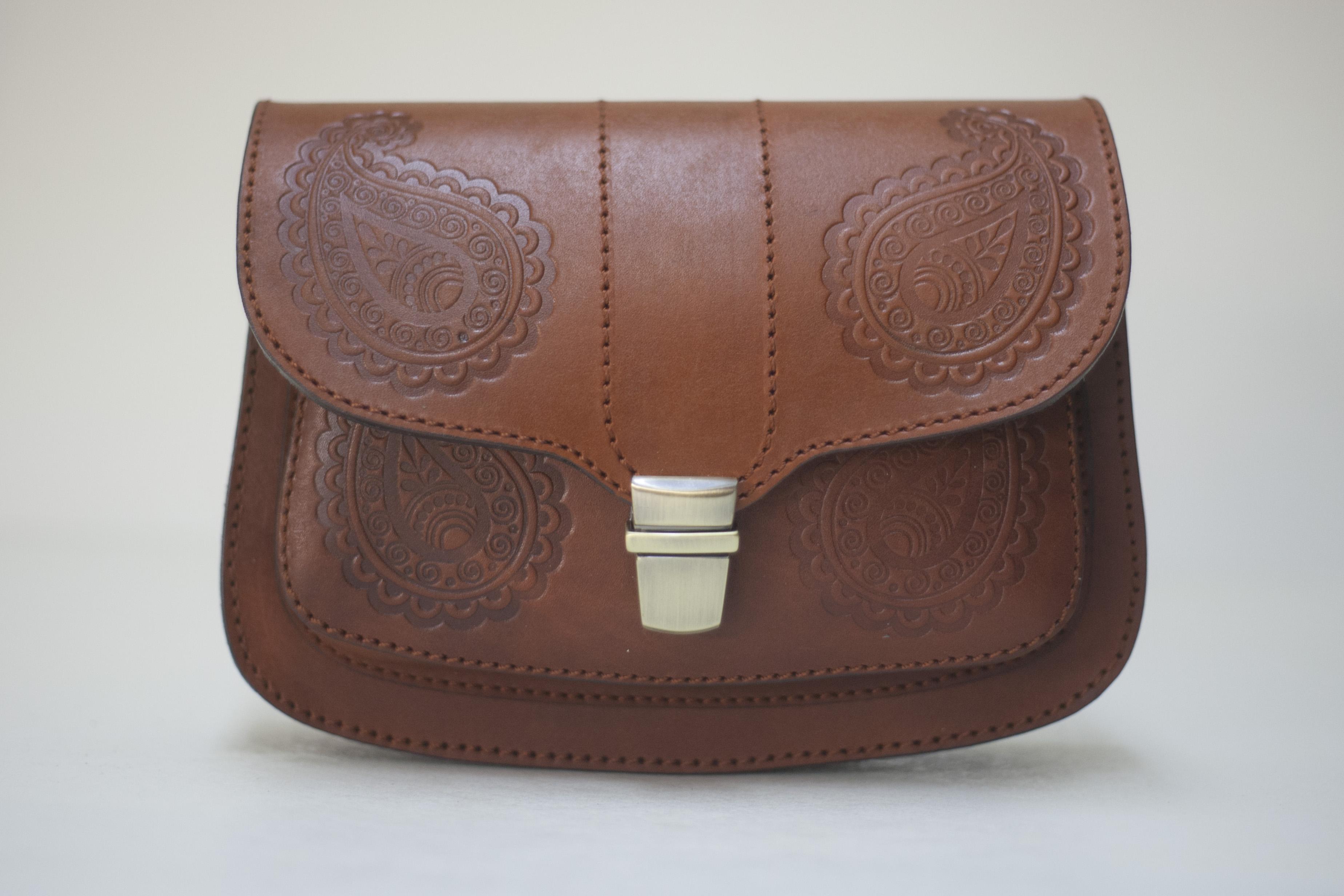 купить женскую кожаную сумку