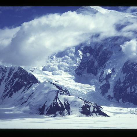 Lawine vom Mt. Forker
