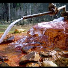 Mineralquelle im Baskan Valley