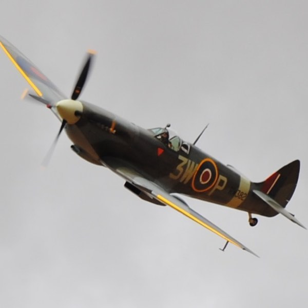 Gransden Airshow  2014 #FirstTimeWithLongLens #Nikon #Spitfire copyright L