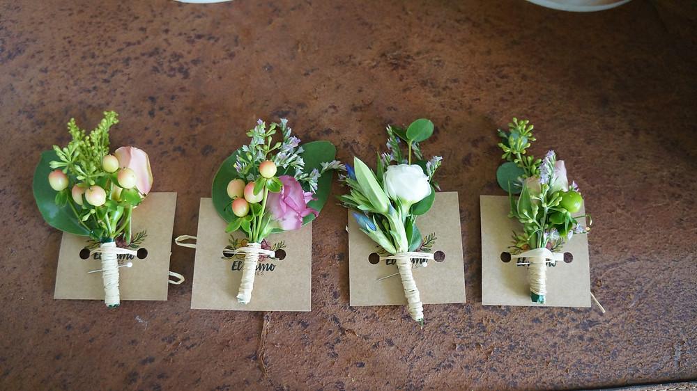 Prendedor de flores para novios