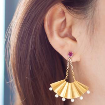 fan earring.jpg