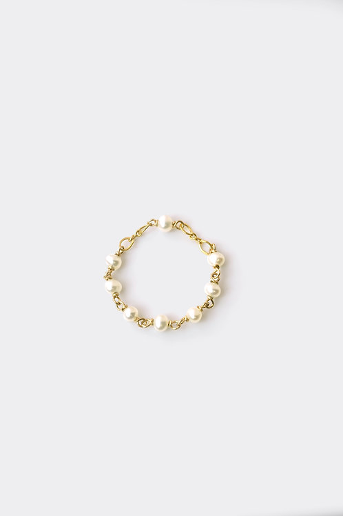 Gold Filled Pearl Ring (Chain)