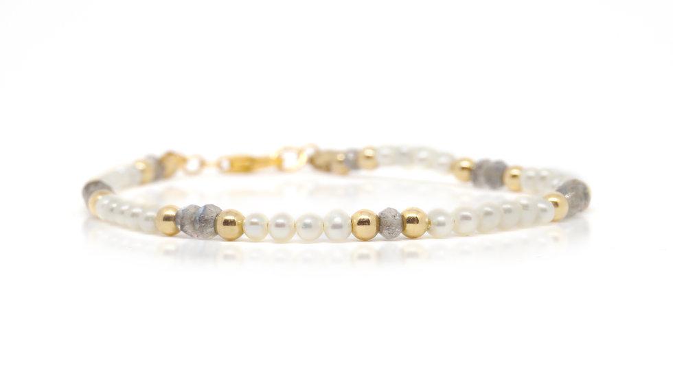 Pearl and labradorite bracelet