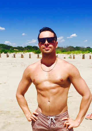 Owner Alexspot24 NYC Manzilian Waxing Men Specialist  Brazilian Male Waxing Expert