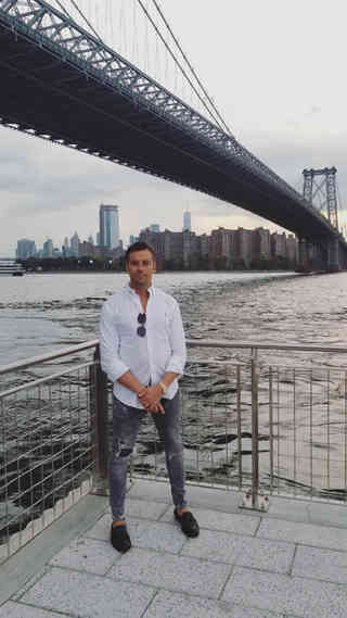 Alexspot24 Owner Male brazilian Hair Waxing & Trimming Expert