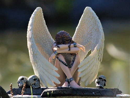 Ange Enslaved Sorrow