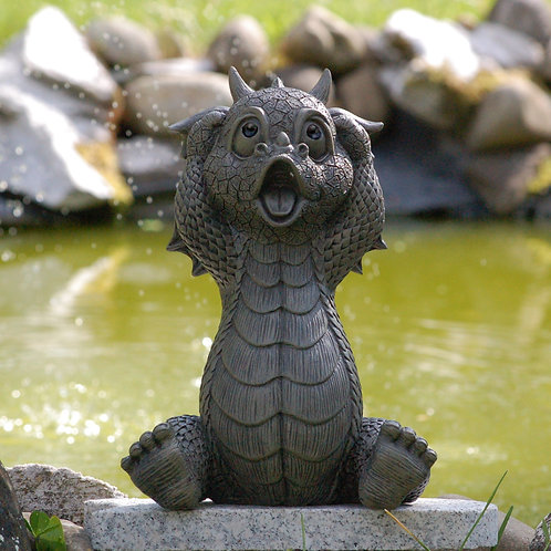 Dragon de jardin surpris
