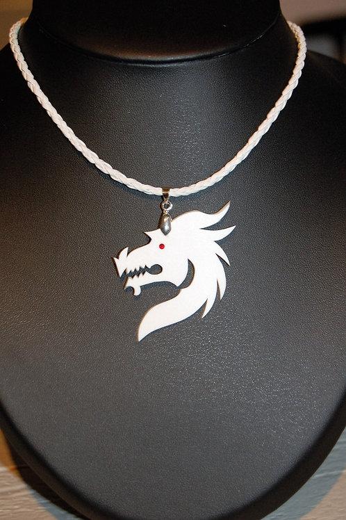 Collier tête de dragon blanc