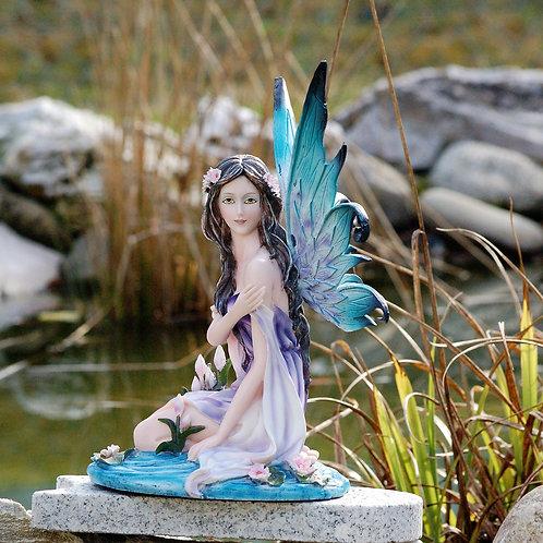 Fée de l'étang Neyma