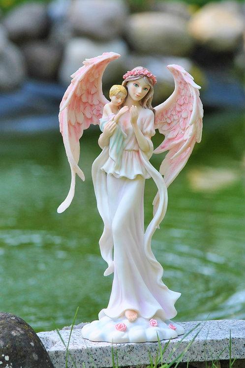 Ange Céleste avec un bébé