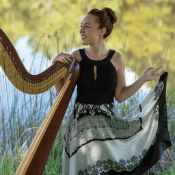 Fancy Free Harpist