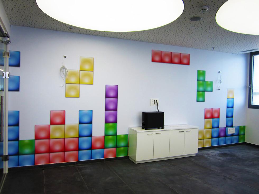 Wall graphics - Fun space