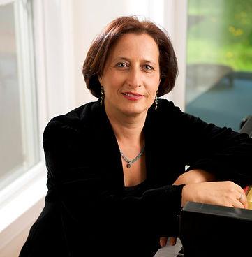 Gili Melamed Lev, Pianist