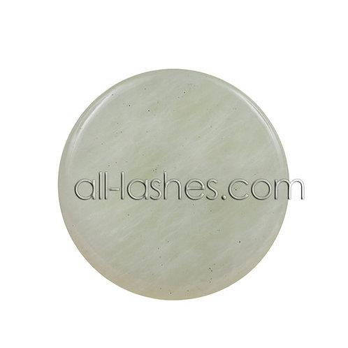Нефритовый мини-камень 2,5 см.