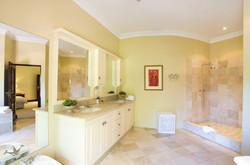 Ibis-Guesthouse-constantia-cape-town-44