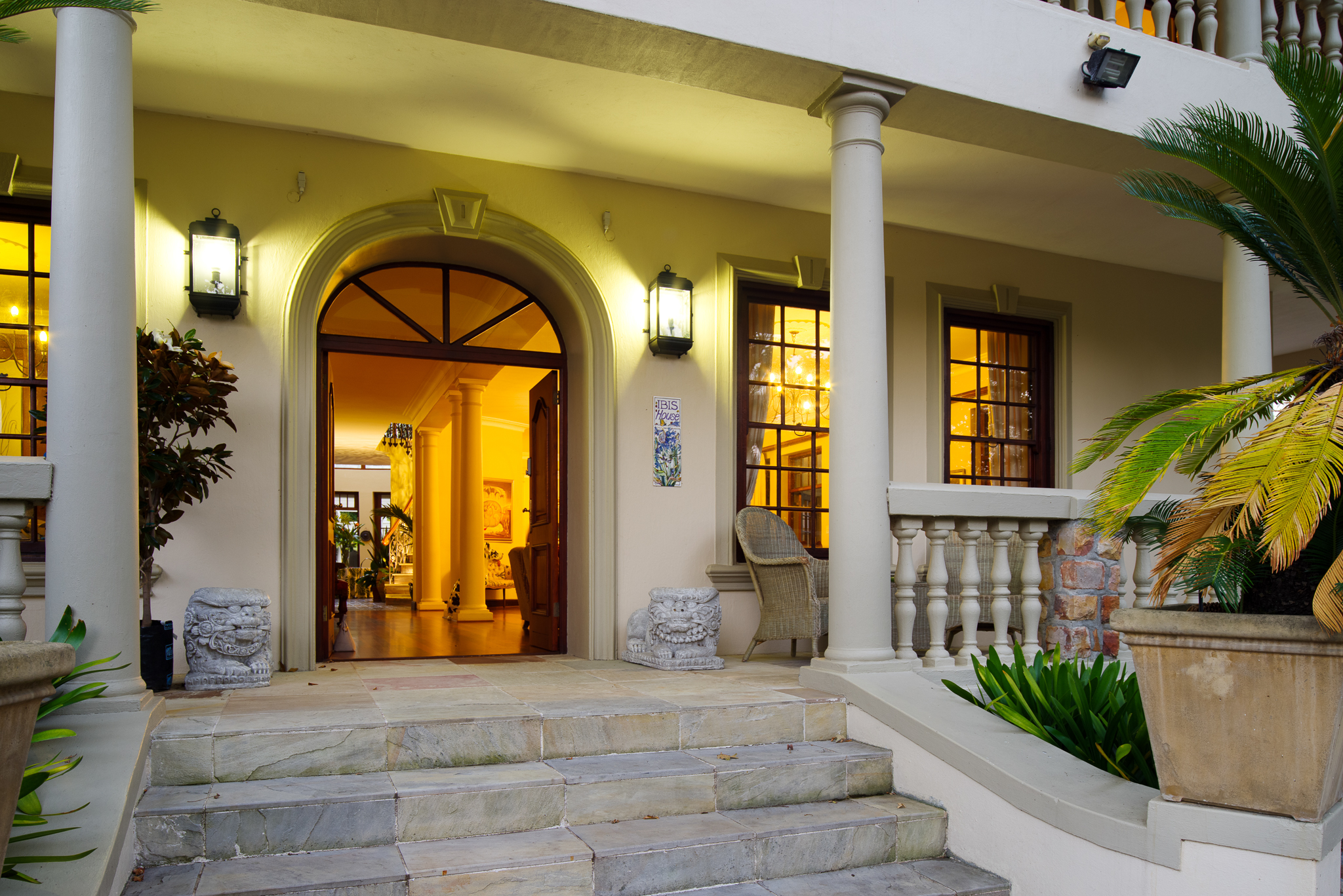 IBIS-luxury-guesthouse-constantia-cape-town---12