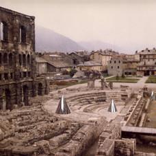 1_Archeopteryx Installazione al Teatro Romano di Aosta, 1983