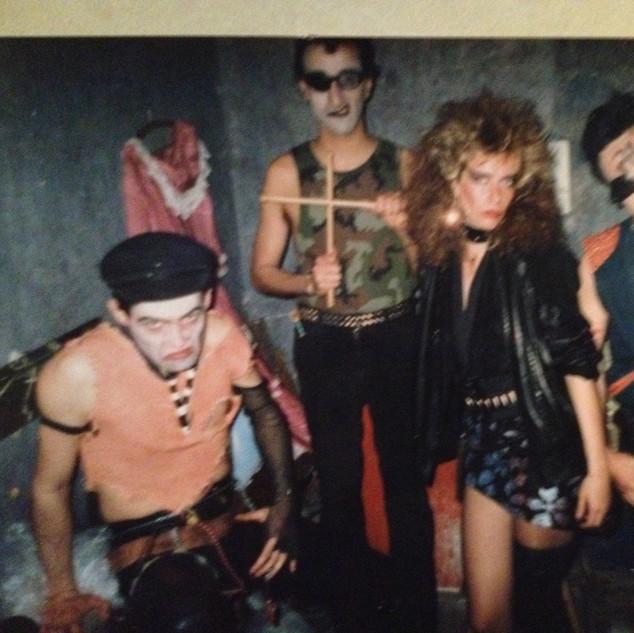 Horacio Gabin con la banda Los Apestosos