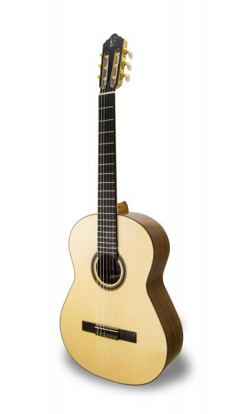 APC - גיטרה קלאסית