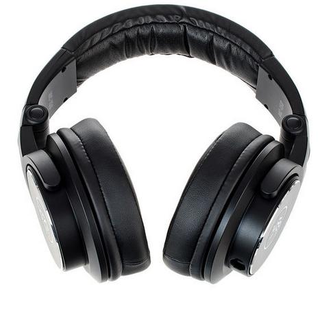Mackie MC-150 אוזניות