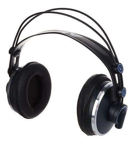 AKG K-271 MKII אוזניות