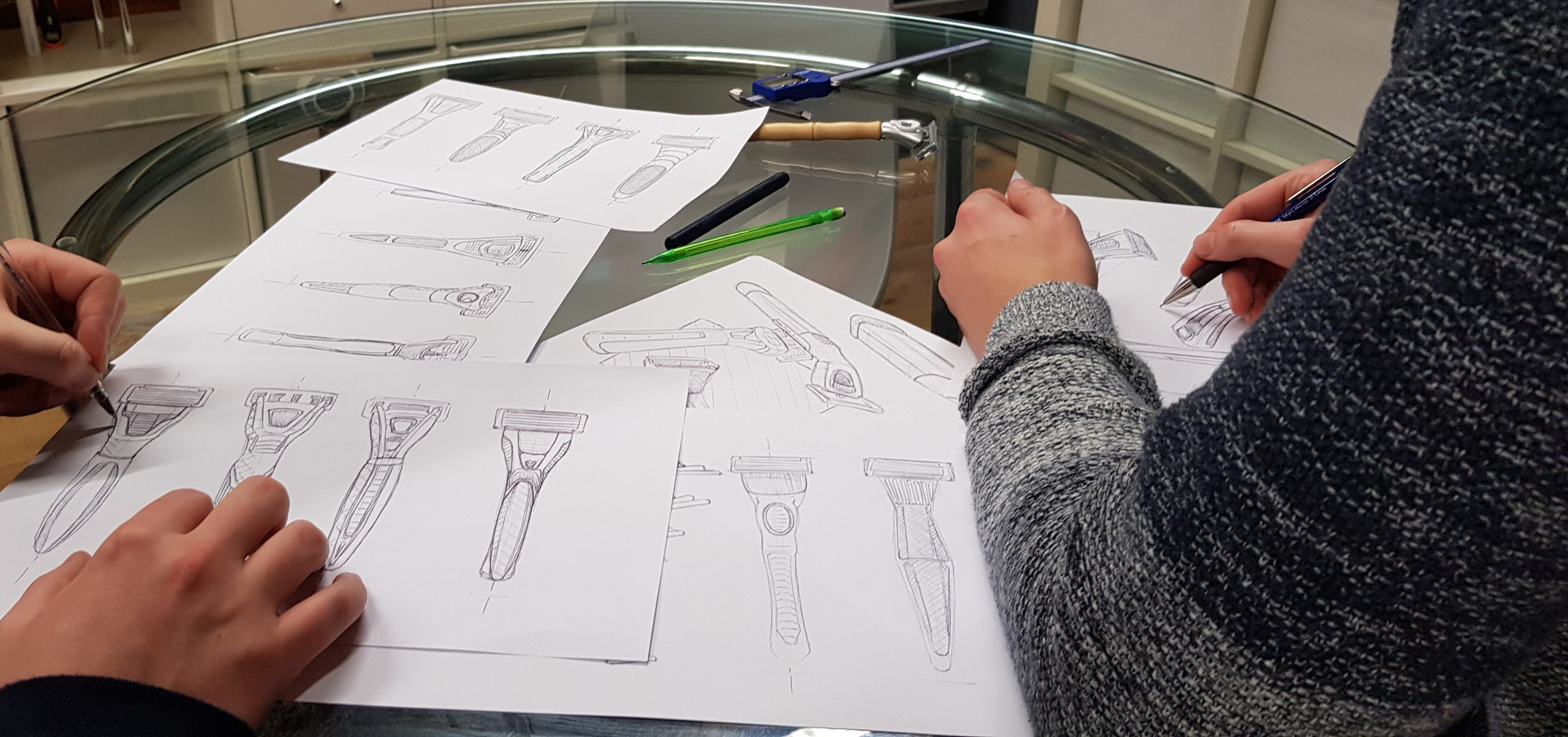 Sketching razor handle designs