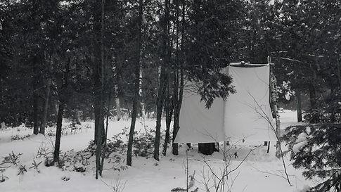 03 hut.jpg